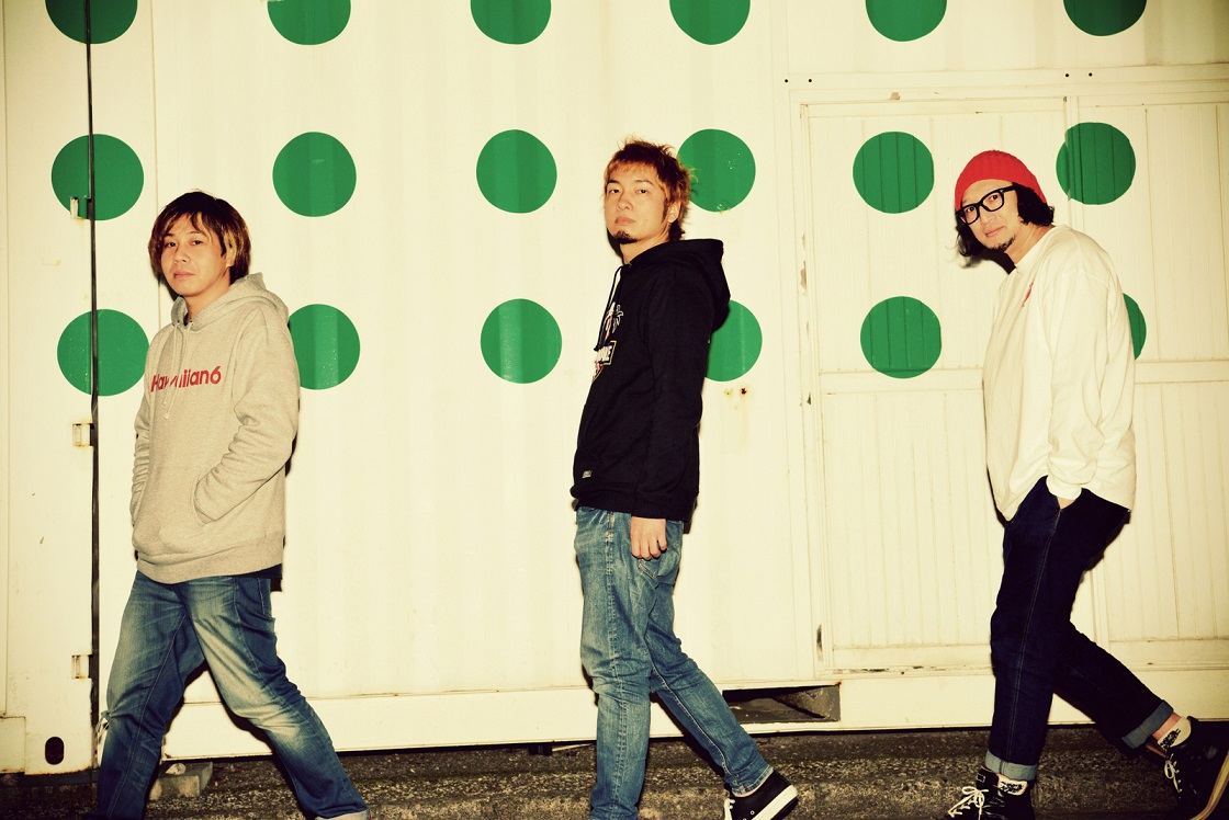 dustbox  Guest:SiM/GOOD4NOTHING